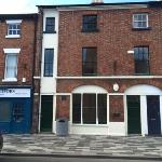 Flat To Let  King Street Wrexham LL11