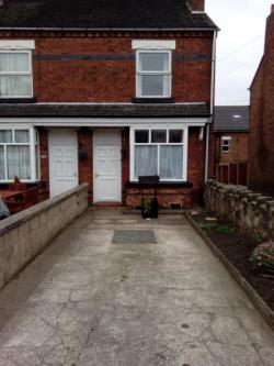 Terraced House To Let Cheadle Stoke-on-Trent Staffordshire ST10