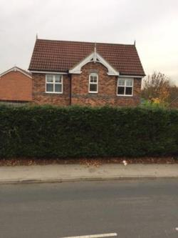 Detached House To Let  Leeds West Yorkshire LS10