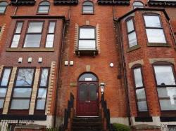 Flat To Let  Manchester Greater Manchester M13