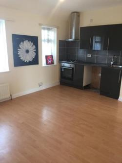 Flat To Let  Dagenham Essex RM9