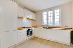 Flat For Sale  London Greater London SW14