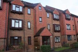 Flat To Let 7 Holmwood Gardens Wallington Surrey SM6