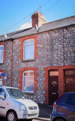 Terraced House To Let  Chard Somerset TA20