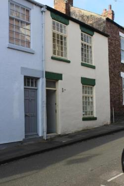 Terraced House To Let  Allergate Durham DH1