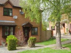 Semi Detached House To Let  Wigston Leicestershire LE18