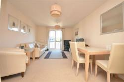 Flat To Let Coxhill Way Aylesbury Buckinghamshire HP21