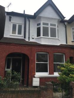 Terraced House To Let  London Greater London W5