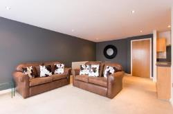 Flat To Let Whitehall Road Leeds West Yorkshire LS1
