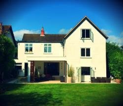 Detached House To Let Twyford Reading Berkshire RG10