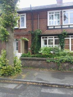 Terraced House To Let  Knutsford Cheshire WA16