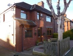 Semi Detached House To Let Birdwell Barnsley South Yorkshire S70