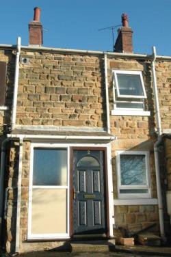 Terraced House To Let  SHEFFIELD South Yorkshire S13