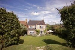 Detached House For Sale  Whitchurch Hampshire RG28