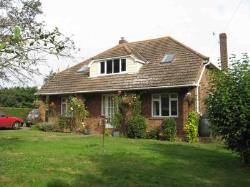 Detached Bungalow To Let Takeley Bishop's Stortford Essex CM22