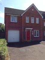 Detached House To Let  Grays Essex RM16