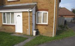 Semi Detached House To Let  Bristol Gloucestershire BS34