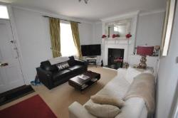 Terraced House To Let  Cheltenham Gloucestershire GL50