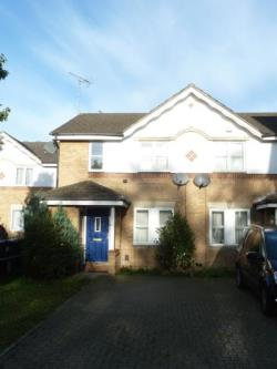 Semi Detached House To Let  London Greater London N11