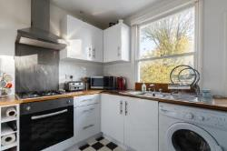Flat To Let  Richmond Surrey TW9