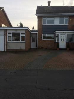 Semi Detached House To Let  Ongar Essex CM5