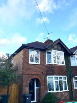 Maisonette To Let  Guildford Surrey GU2