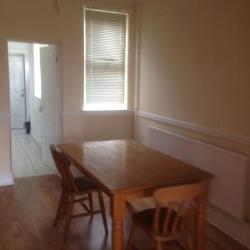 Terraced House To Let  Manchester Greater Manchester M14