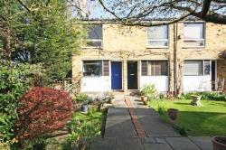 Semi Detached House To Let  London Greater London SW15