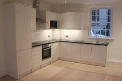 Terraced House To Let  London Greater London W8