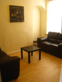 Terraced House To Let  Liverpool Merseyside L7