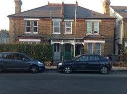 Maisonette To Let  Barnet Hertfordshire EN5