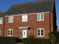 Detached House To Let  Sturminster Newton Dorset DT10