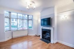 Terraced House To Let  Enfield Middlesex EN1