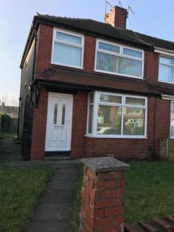 Terraced House To Let  Oldham Greater Manchester OL9