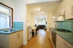 Terraced House To Let  London Greater London N8