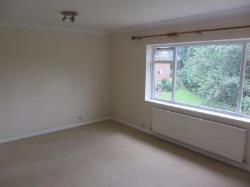 Flat To Let  Virginia Water Surrey GU25