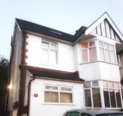 Flat To Let  South Croydon Surrey CR2