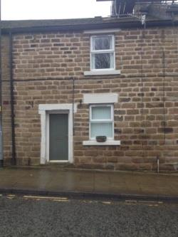 Terraced House To Let  Ashton-under-lyne Greater Manchester OL5