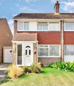 Semi Detached House To Let  Maidstone Kent ME16