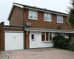 Semi Detached House To Let  Folkestone Kent CT19