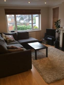 Maisonette To Let  London Greater London N14