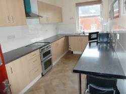 Flat To Let  Smethwick West Midlands B66