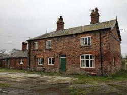 Detached House To Let  Northwich Cheshire CW9