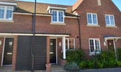 Terraced House To Let  Hook Hampshire RG27