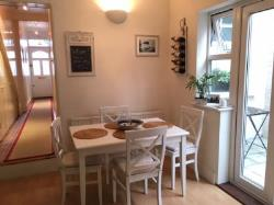 Flat To Let  London Greater London SW14