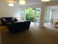 Semi Detached House To Let  London Greater London SW18
