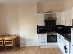 Flat To Let  Teddington Middlesex TW11