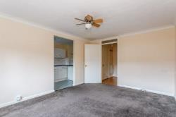 Maisonette To Let  Epsom Surrey KT19