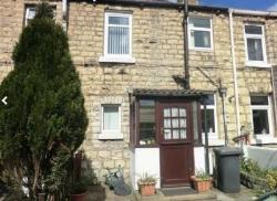 Terraced House To Let  Leeds West Yorkshire LS25