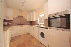 Terraced House To Let  London Greater London SE27